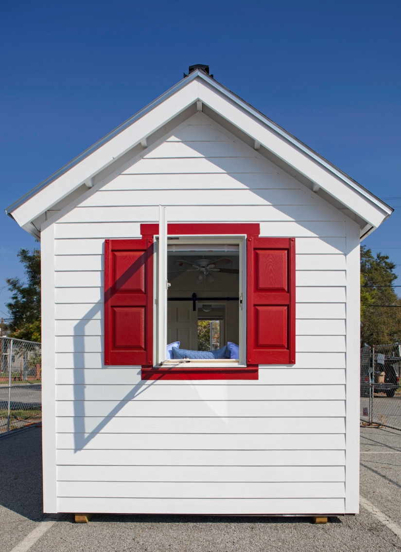 tiny house low res (1).jpg
